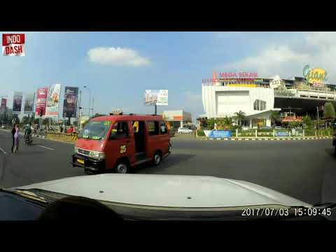 Indonesia bad driving compilation: motorcycle madness [9]