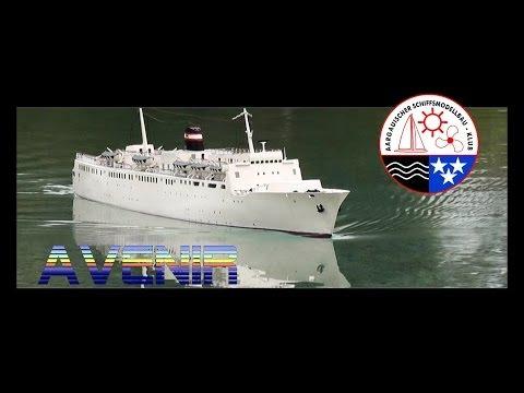 RC Boat - Avenir - Passenger and Car Ferry