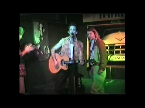 Scott Kempner-love on fire live unplugged at daily news