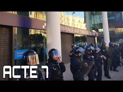 ACTE 7 | LES GILETS JAUNES BLOQUENT LES TERRASSES DU PORT !