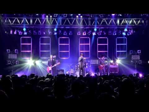 """2014年11月22日に開催された、THE COLLECTORSバンド史上最多となる全国26本のツアー・ファイナルの模様を収録。ベースに山森 """"JEFF"""" 正之の正式加入..."""