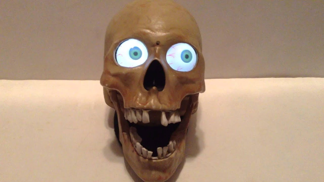 2007 gemmy halloween animated talking laughing scary skull w led eyes very rare youtube - Talking Skull Halloween