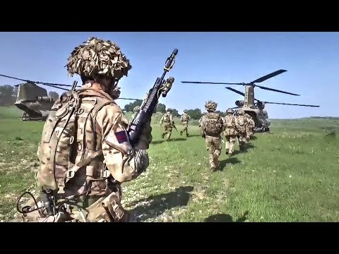 British Army Grenadier Guards Heading To Battlefield Via US Chinook Helicopters