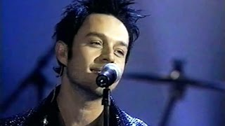 Repeat youtube video Savage Garden - I Knew I Loved You (Live at American Music Awards 2001)