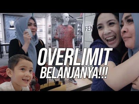 Lagu Video Liburan First Class Ke Singapore Ditraktir Mama Rieta Terbaru