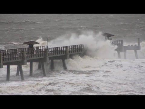 LIVE HURRICANE IRMA RAW FOOTAGE!  AT THE BEACH! 😳💨🌪🌊