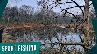 Ловля щуки на ДИКОМ ЛЕСНОМ озере! Осенний ЖОР щуки начинается!