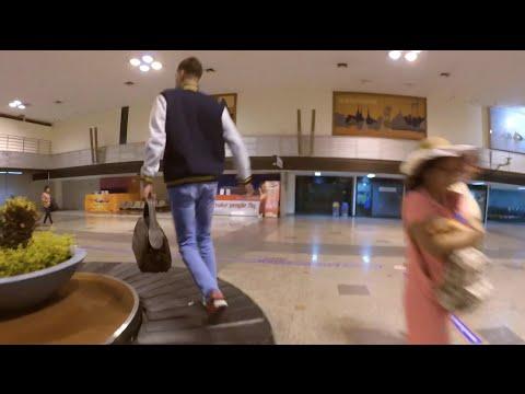 Летим с Пхукета в Бангкок. Амиран - чемодан (НЕ дневник хача)
