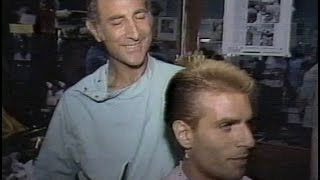 A Reel NY Story ~ 1982 clip with Robert di Mauro at Astor Place Barbers #SPINADIPESCE