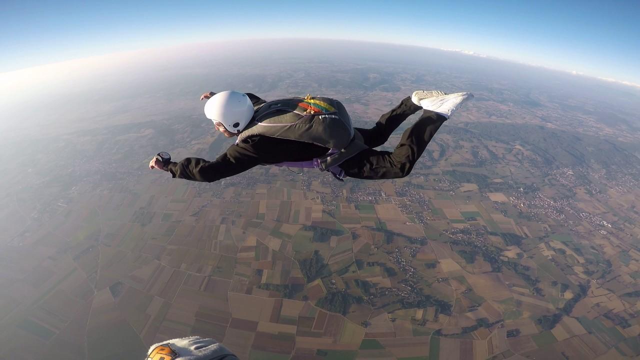 saut en parachute saint etienne de saint geoirs