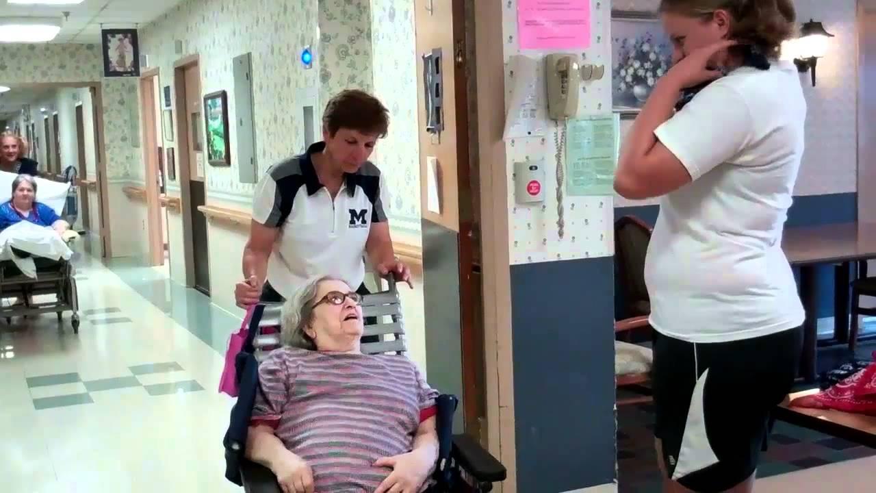 Moravian Women's Basketball - Visit to Cedarbrook Nursing Home - YouTube