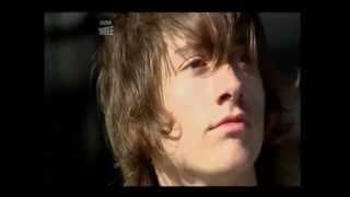 Arctic Monkeys - A Certain Romance (subtitulado al español)