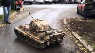 Огромный Радиоуправляемый Танк. Giant RC Tank in Action.(Огромный Радиоуправляемый Танк. Giant RC Tank in Action. Прототип немецкого тяжелого танка E-75., 2016-01-27T05:00:01.000Z)