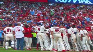 Jimmy Rollins breaks Phillies all-time hit record