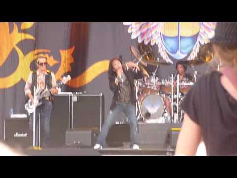 Journey 'Don't Stop Believing' Download Festival 2009 Live