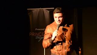 Thnkr Talent Showcase Presents Simon Fraser Stand-up