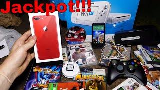 JACKPOT!!! Gamestop Dumpster Dive Night #507 thumbnail