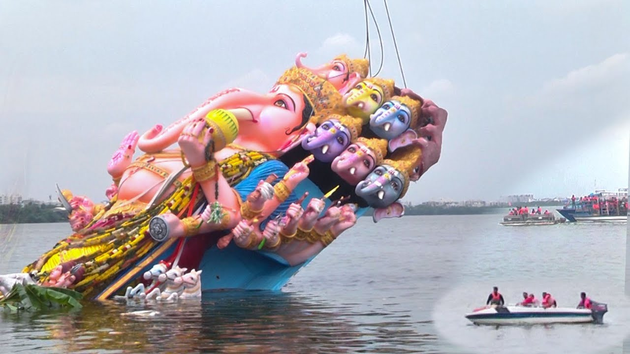 The grand immersion of Khairatabad Ganesh, the entire city painted in the color of