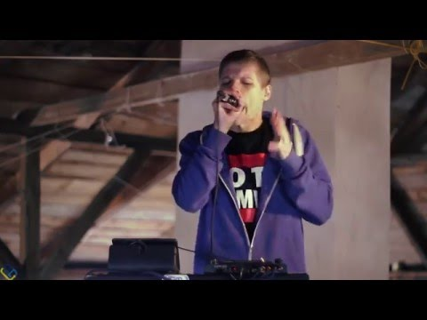 D-LIVE – No Mercy (Live Looping Dub Step Beatbox)