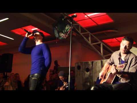 Nik & Jay - Elsker hende mere NOVA FM live & intim 01.12.2011, Toldboden, KBH