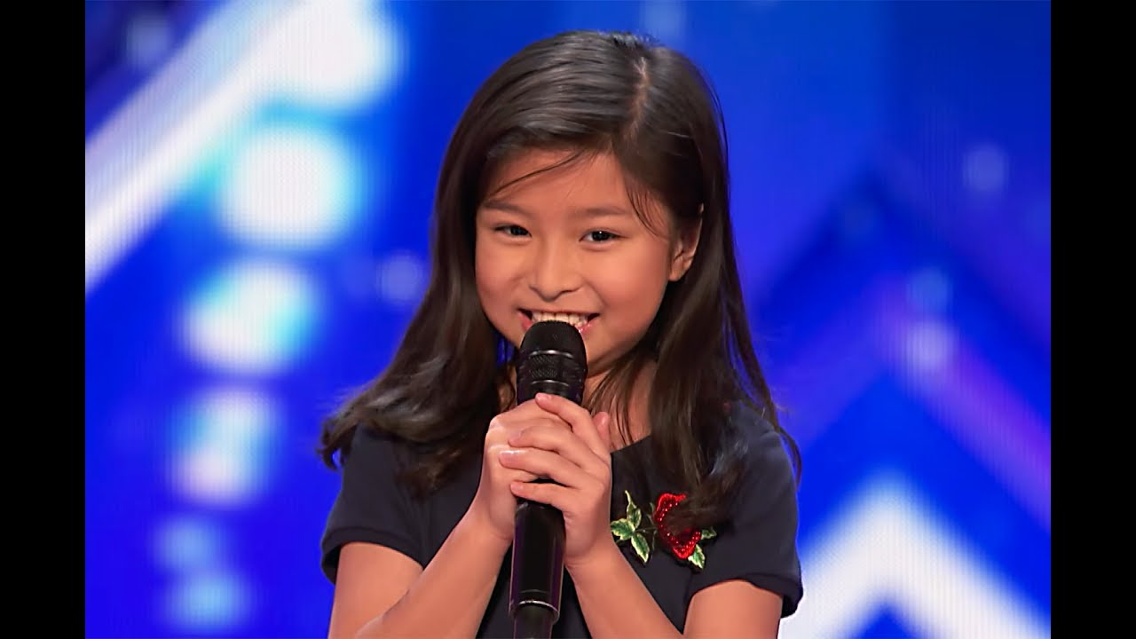 029c409058238 9-Year-Old Celine Tam Stuns Crowd with