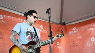 Mike Herrera (MXPX) - Late Again [Warped Tour 2012]