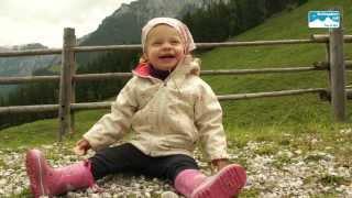 Familienurlaub in Bayern, Deutschland: Familienwanderung im Berchtesgadener Land