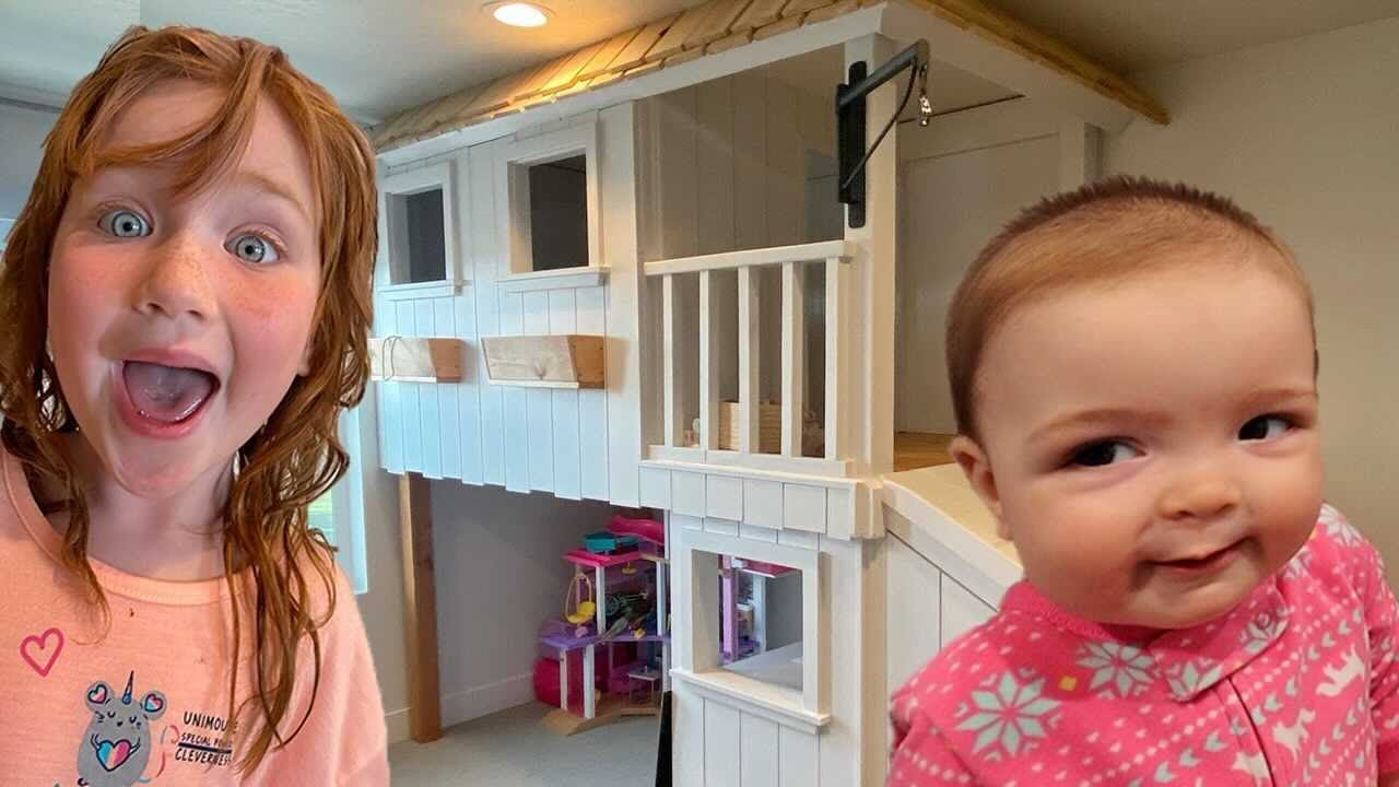 ADLEY and NAVEY - CLUB HOUSE!!  Adley's new bedroom neighborhood! kids playhouse room gets makeover!