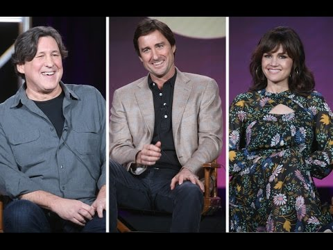 "Carla Gugino, Luke Wilson and Cameron Crowe on the Secret Lives of ""Roadies"""