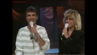 Pernilla & Hans Wahlgren - Dansen på Sunnanö (Lördag med Larssons 1988)