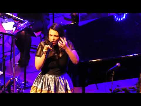 Caro Emerald & Metropole Orkest- Black Valentine - live@ Tivoli Utrecht Netherlands 18 December 2017