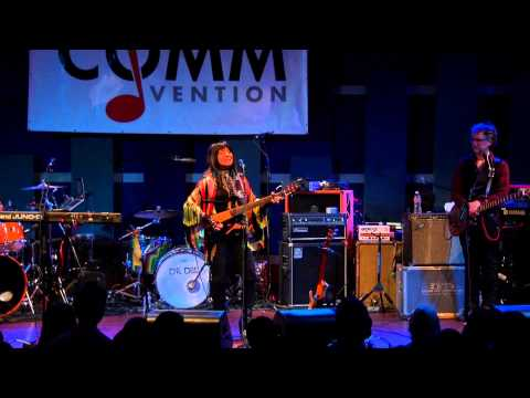 """Buffy Sainte-Marie - """"Universal Soldier"""" (Live at Non-Comm 2015)"""
