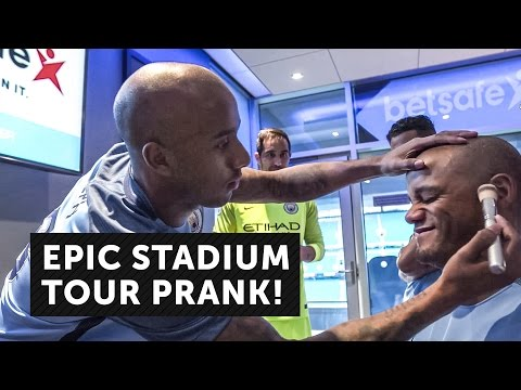 EPIC STADIUM TOUR PRANK! Man City Players Surprise Fans in the Betsafe Player's Lounge