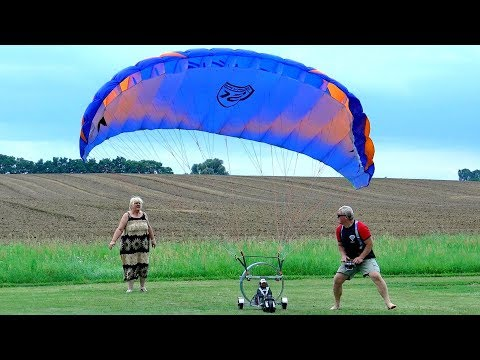 XXXL GIGANTIC 6,20M EUROPE´S GREATEST RC PARAGLIDER FLIGHT DEMONSTRATION