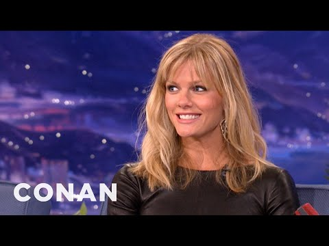 "Brooklyn Decker Can't Handle ""50 Shades Of Grey"""