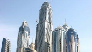 Nájemníci mrakodrapu Princess Tower mají pořádný problém