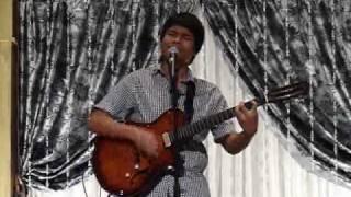 Aizat Amdan - Hanya Kau Yang Mampu (Acoustic) @ BH/BM Hari Ibu 2010