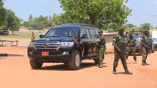 SFC tightly guards Museveni while in the barracks to ensure no soldier has a gun