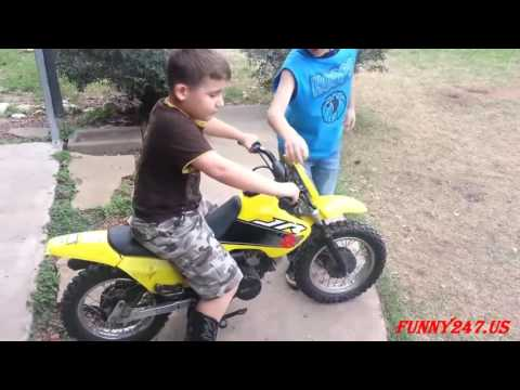 Mini motorcycle racing kids