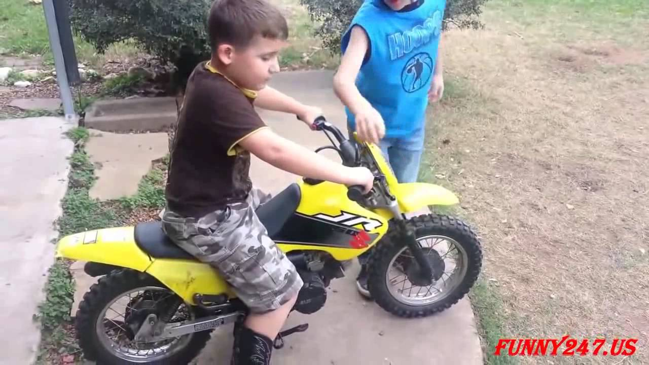 Mini motorcycle racing kids - YouTube