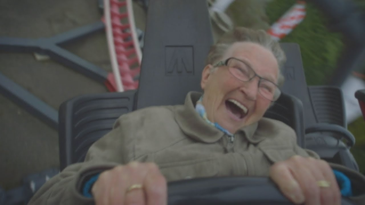 Hilarious! Daredevil Grandma rides roller coaster for the first time