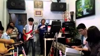 Uncover - CLB Âm nhạc Quốc Học Huế