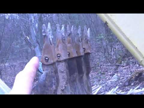 Ford 550 TLB swing chain repair.