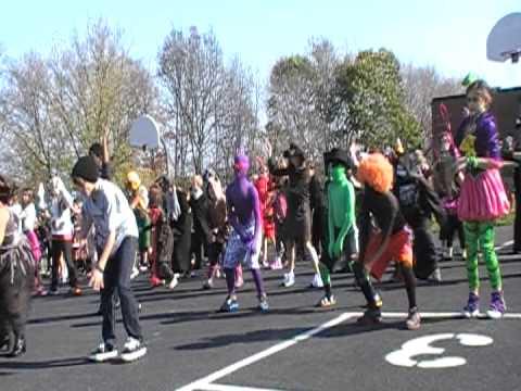 Onondaga Hill Middle School Halloween Thiller Take 2