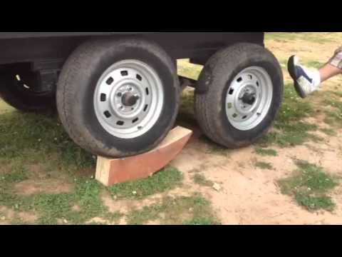 Wooden trailer jack