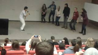 erasmus students dance colombian music erasmus bailan champeta