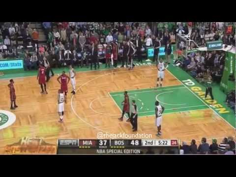 Lebron James Alley-Oop Dunk over Jason Terry (HD)