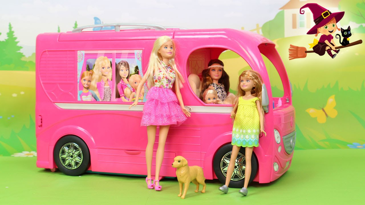autocaravana de barbie el viaje de barbie y sus hermanas al pueblo willow youtube. Black Bedroom Furniture Sets. Home Design Ideas