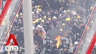 Hong Kong protesters keep up pressure on government