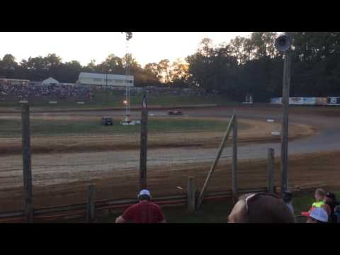 7-1-16 Bomber Heat Race 1 at Lincoln Park Speedway